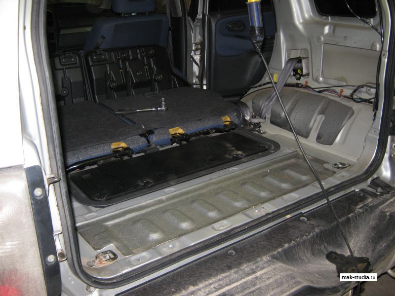 Сузуки гранд витара фото багажника