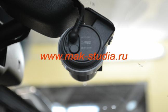 BLACKVUE DR500GW - стильно и аккуратно