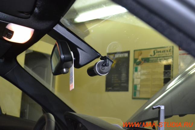 Установка передней камеры регистратора