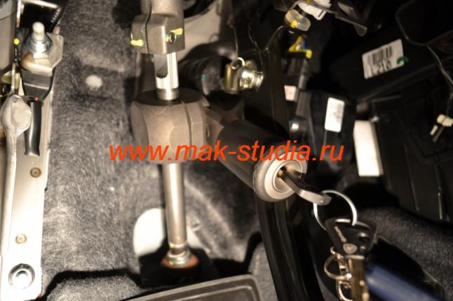 Механический блокиратор рулевого вала