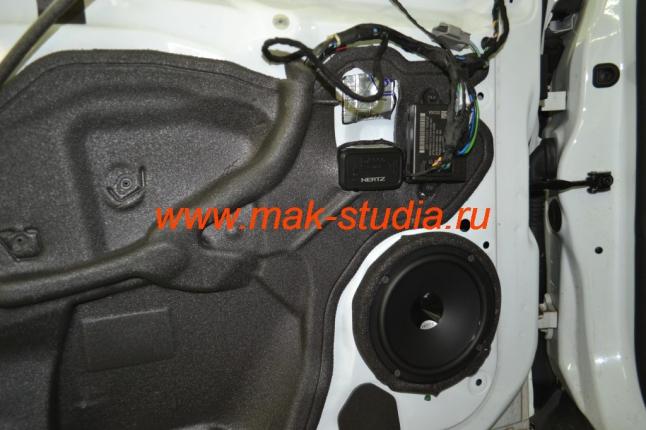 Замена штатной акустики - музыкальные компоненты установлены