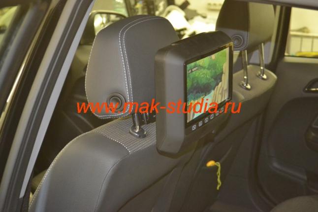 Навесной монитор на подголовник сидения