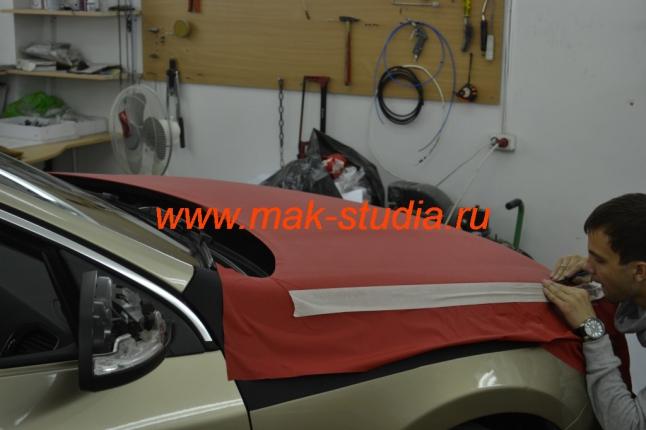 Оклейка автомобиля плёнкой - капот