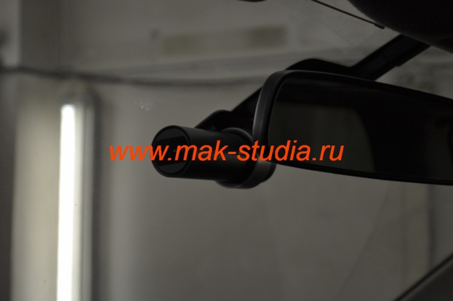 Автовидеорегистратор Blackvue: скрытая установка.