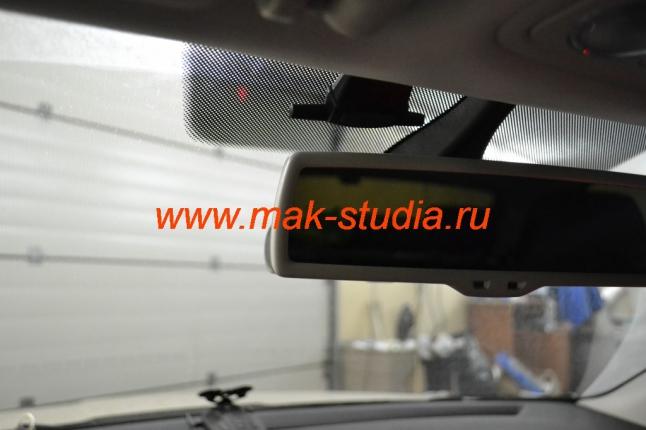 Скрытая установка видеорегистратора Blackvue dr550gw-2ch.