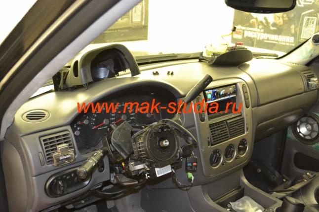 Установка кнопки старт-стоп - снимаем руль и разбираем рулевую колонку