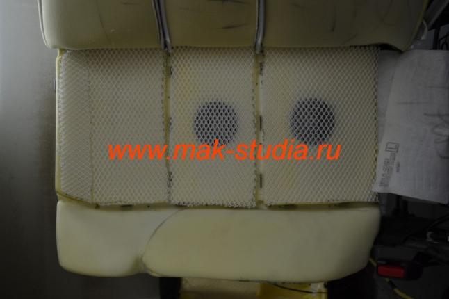 Процесс установки вентиляции сидений
