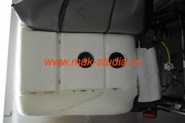 Вентиляция сидений - вентиляторы в спинке
