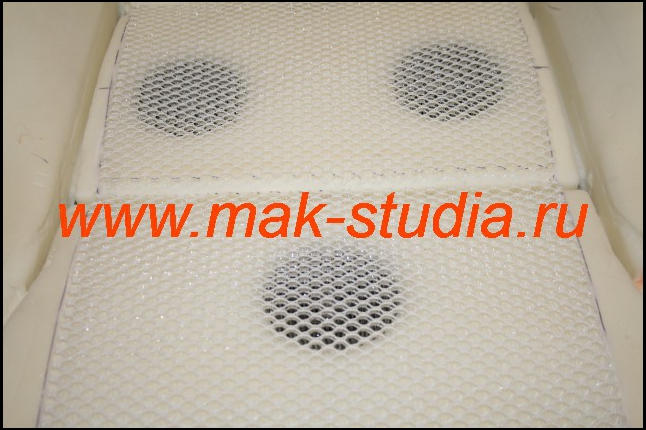Прокладка для равномерной вентиляции сиденья