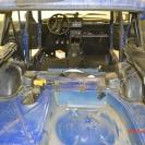 Разбираем салон авто и видим полностью голый металл