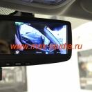 Видеорегистратор в зеркале заднего вида - камера повёрнута на водительское стекло и ведёт запись