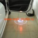 Лазерная проекция логотипа автомобиля Шкода Суперб