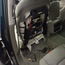 Установка мониторов на подголовники, современные сиденья напичканы электроникой