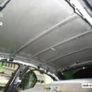Потолок вообще не имеет никакой защиты - дождь, град, завихрения воздушных потоков - отлично передаются сквозь голое железо